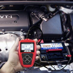 tester batteria auto foto